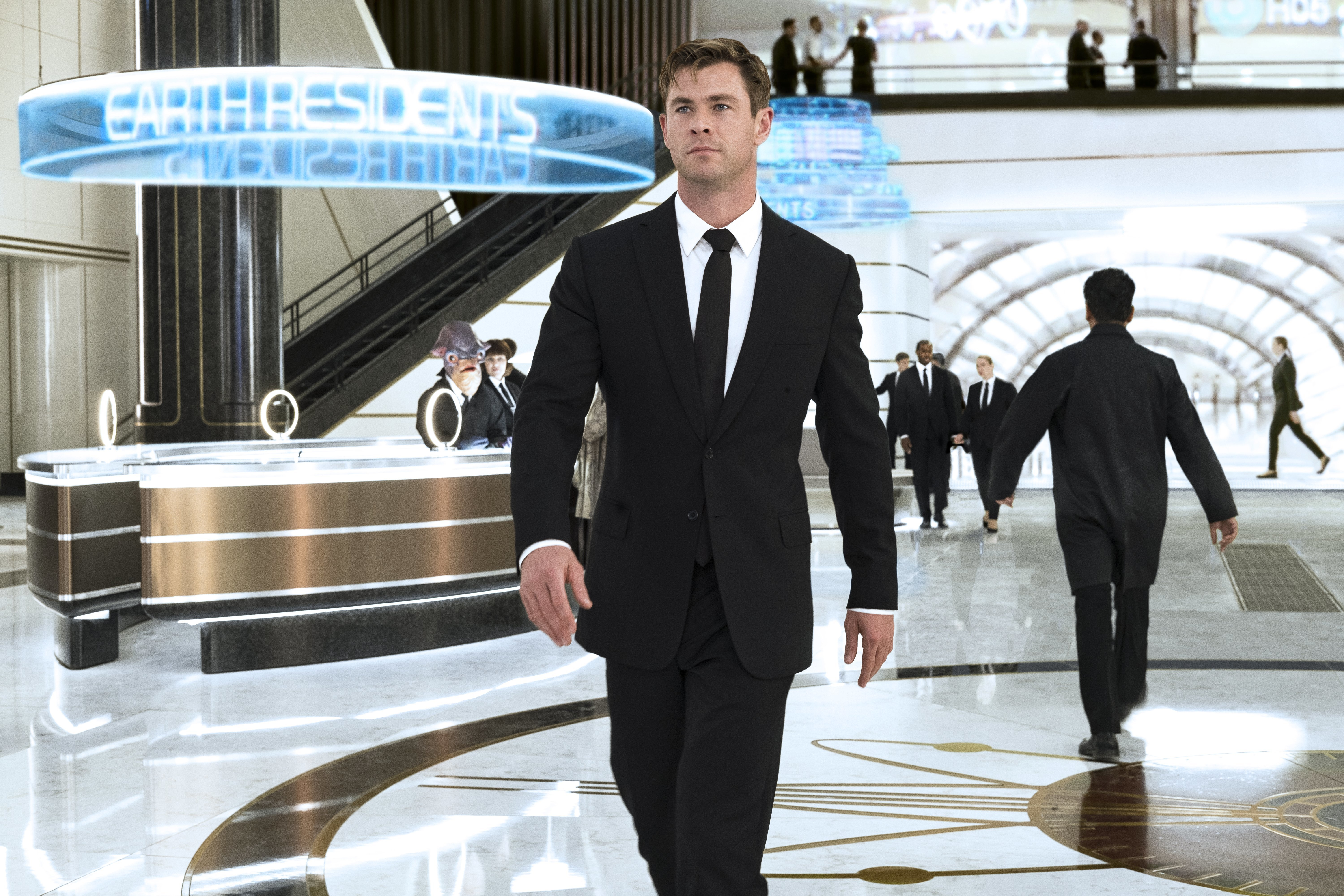 Men In Black International Cast Guide Whos Playing Who
