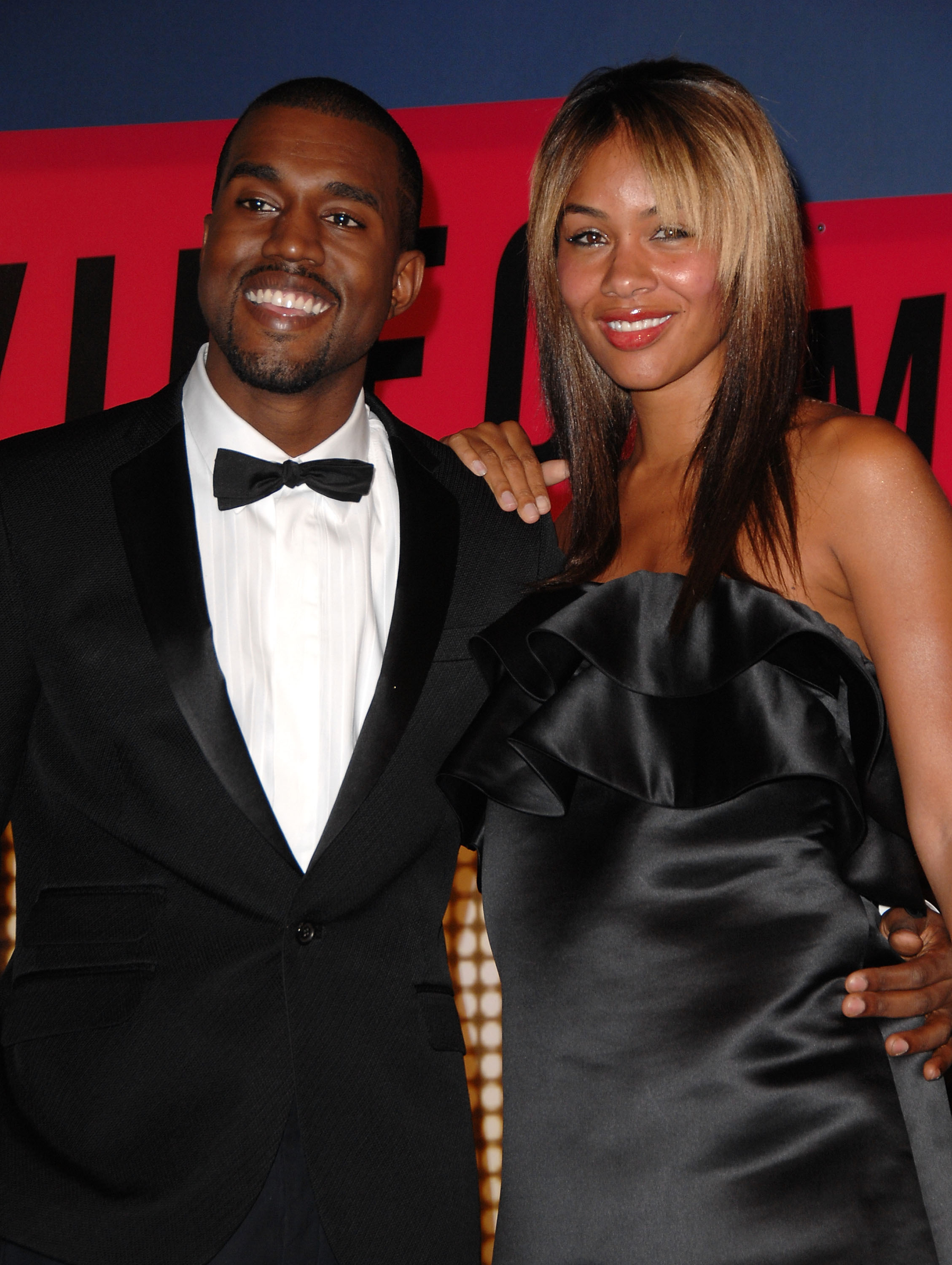 Kanye West and fiancee Alexis Phifer arrive at the 2007 Video Music Awards in Las Vegas on Sept. 9, 2007.