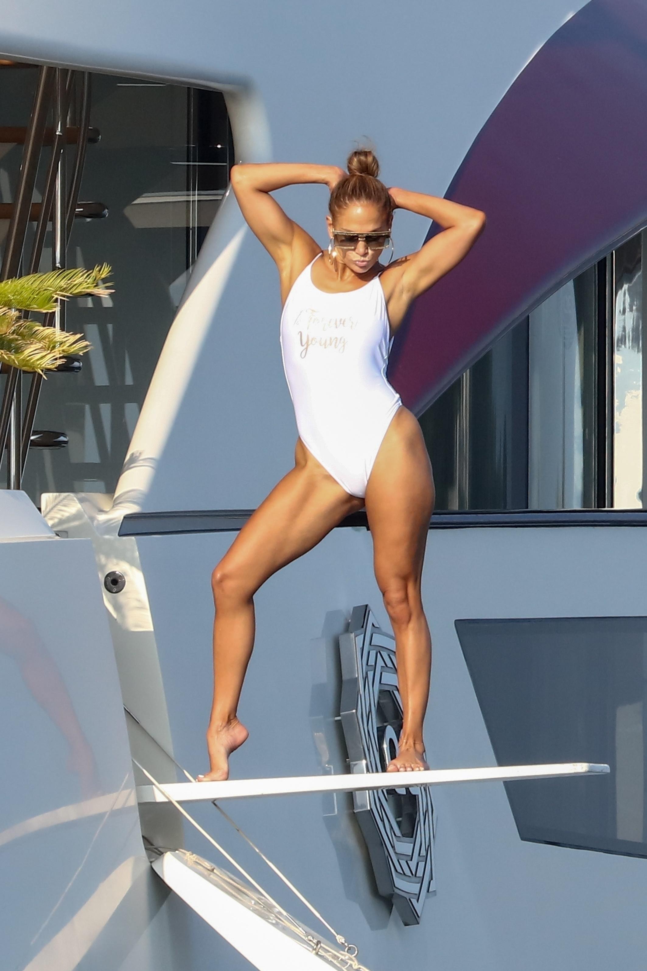 Celebrity beach cruising for 2019 | Gallery | Wonderwall com