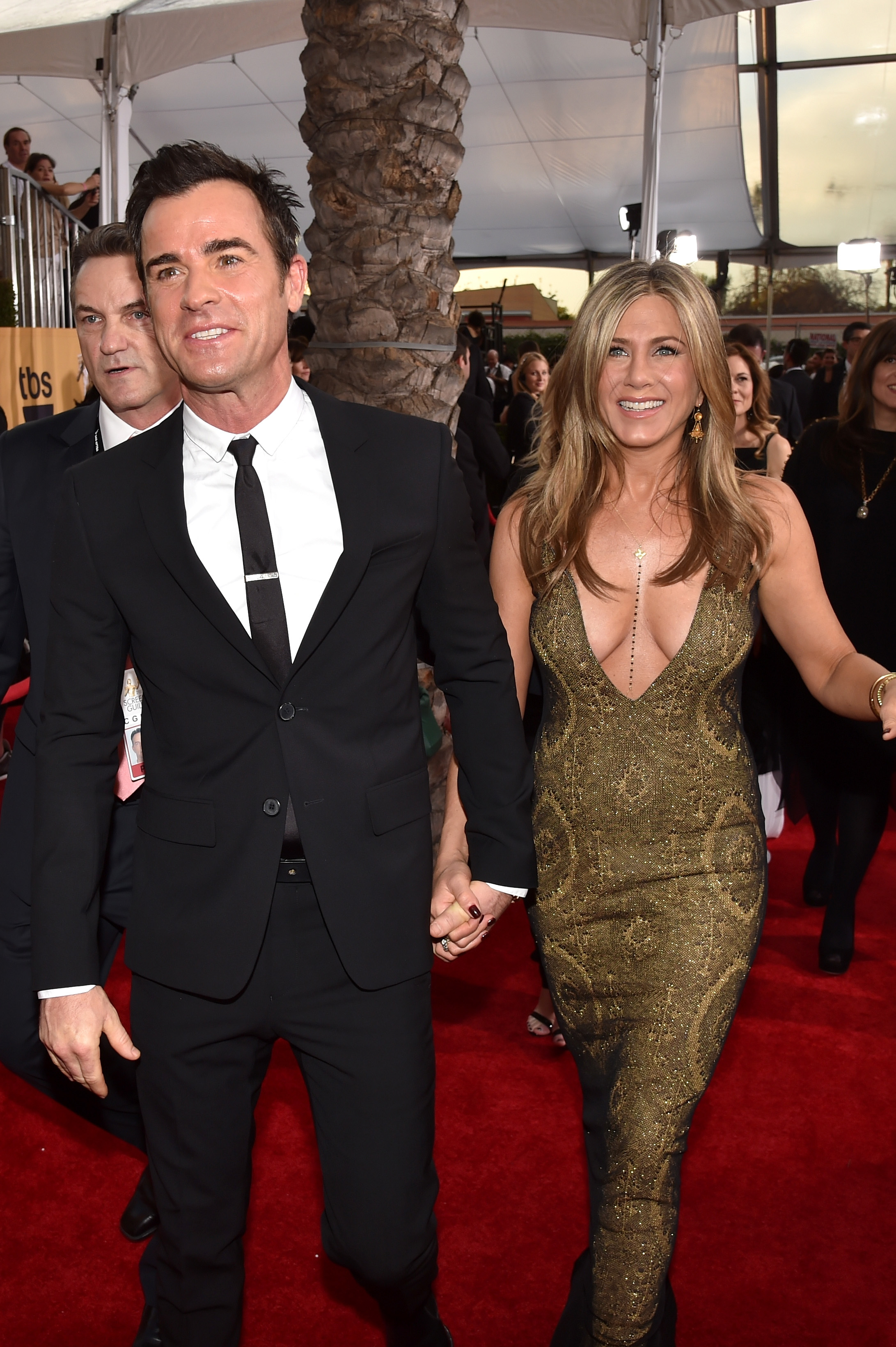 Justin Theroux and Jennifer Aniston attend TNT's 21st Annual Screen Actors Guild Awards at The Shrine Auditorium in Los Angeles on Jan. 25, 2015.